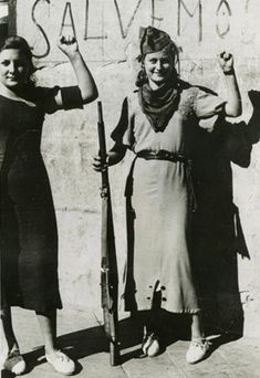 Anarchist militia women, Spanish Civil War [Fought from July 1936 – April 1939 between the Republicans, who were loyal to the democratic, left-leaning Second] World History, World War, Old Photos, Vintage Photos, Kings & Queens, Spanish War, Henri Cartier, Military Women, Military Art