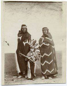 One of hundreds of thousands of free digital items from The New York Public Library. Native American Regalia, Native American History, Native Indian, Native Art, Navajo Culture, Navajo People, Native American Pictures, Navajo Nation, First Nations