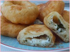 herkese merhabalar!   Bu lezzetli hamuru (pişiyi)benim çok sevdiğim ailecek görüştüğü-  müz sıcacık insanlar olan Pomak Türkleri do...