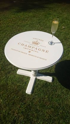 A lovely vintage Champagne Table hand painted in Annie Sloan Old White with Gold Stencil. Vintage Furniture For Sale, Vintage Champagne, Hand Painted Furniture, Annie Sloan, Stencils, My Etsy Shop, Check, Table, Painting