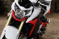Seb / Suzuki GSR 750 | Flickr - Photo Sharing!