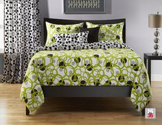 Total Fab: Lime Green and Black Bedding