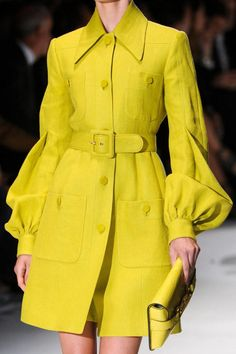 Gucci at Milan Fashion Week Spring 2013 Gucci Spring 2013 - Details Couture Fashion, Hijab Fashion, Fashion Clothes, Fashion Dresses, Gucci Fashion, Modest Fashion, Fashion Fashion, Runway Fashion, Spring Fashion