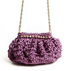 Bolsa Noivinha • CM214 - Catarina Mina Bag Crochet, Crochet World, Crochet Handbags, Bead Embroidery Jewelry, Beaded Embroidery, Knitted Bags, Knit Patterns, Bucket Bag, Leather Bag