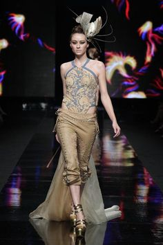 sally koeswanto - dewi fashion knights 2011