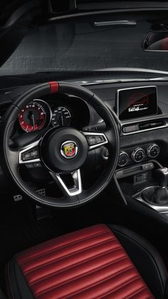 Fiat 124 Spider Abarth, Geneva Auto Show 2016, interior