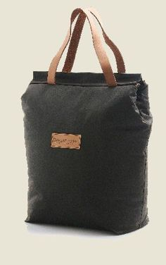 Australian Cooler Bag, one of the best selling products. Lightweight, durable and very effective at keeping things icy cold - up to 24 hours with a single freezer block or 6 - 8 hours without. Will fit up to 6 large bottles in it.