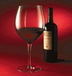 Full Bottle Wine Glass - Holds a 750ml bottle of wine, stop wasting time refilling your glass.