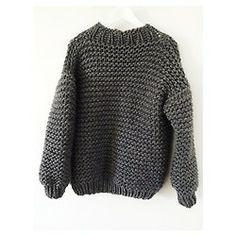 Wool boxy is the last grey item available till next wool delivery ✌️#wool #boxy #bigknits #handmade #winter #fashion #heartworking #knitwear #ilovemrmittens #australia  (at www.ilovemrmittens.com)