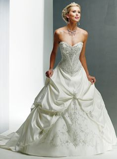 Tulle Strapless Sweetheart A-line Wedding Dress lover