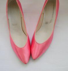 1960s PINK SATIN Heels
