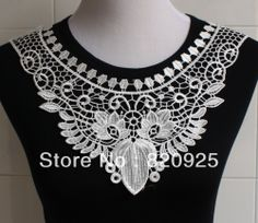 1 X Charming Off White Flower Neckline Collar Venise Lace Applique DIY Craft $3.29