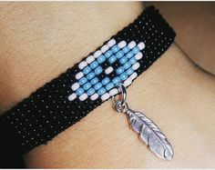 Loom beaded bracelet by LoomieCrafts on Etsy Native Beading Patterns, Beaded Bracelet Patterns, Bead Loom Patterns, Jewelry Patterns, Bead Embroidery Jewelry, Beaded Jewelry, Bead Loom Bracelets, Pony Beads, Necklace Types