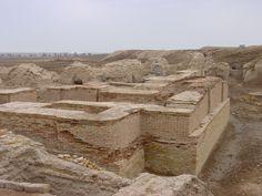 UR - Mausolée du Roi Shulgi d'Ur et de son fils le roi  Amar Sîn - Construit vers 2050 avant JC.