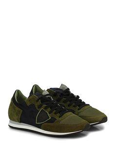 PHILIPPE MODEL PARIS - Sneakers - Uomo - Sneaker in camoscio e tessuto tecnico con logo su lato esterno e suola in gomma. Tacco 25, platform 10 con battuta 15. - GREEN\BLU - € 235.00