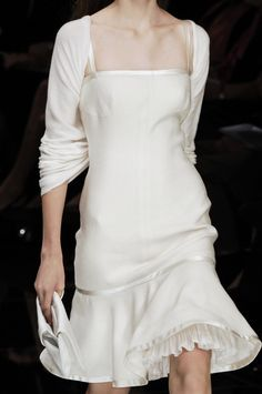 Valentino at Paris Fashion Week Spring 2006