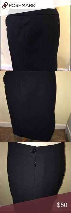 Terry (Paris) wool black Skirt Terry Wool mud Length skirt | purchased in Paris, included with jacket | can be purchased separate or as a bundle | terry Skirts Midi