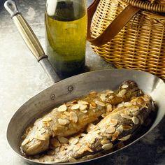 Découvrez la recette Truite aux amandes sur cuisineactuelle.fr.