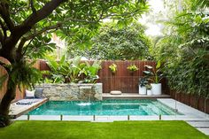 landscape design swimming pool garden landscaping ideas for small backyard pictures designs at the in large.landscape design swimming pool garden furniture glamorous designs with… Backyard Pool Designs, Small Backyard Gardens, Small Backyard Landscaping, Swimming Pools Backyard, Swimming Pool Designs, Backyard Patio, Outdoor Pool, Landscaping Ideas, Landscaping Software