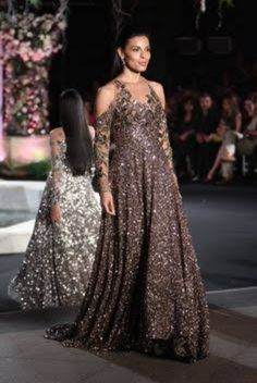 Manish Malhotra, Party Wear, Gowns, Formal Dresses, How To Wear, Fashion, Vestidos, Dresses For Formal, Moda
