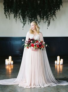 A Vintage Romance Wedding in Candlelight and Silk