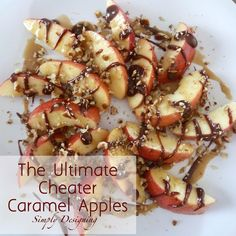 ~with hot fudge ~ The Ultimate Cheater Caramel Apples! If you love caramel apples but hate the work of making them and the mess of eating them, then these are definitely for you! Plus it includes a link to the BEST Caramel Sauce ever! Fruit Recipes, Apple Recipes, Pumpkin Recipes, Fall Recipes, Holiday Recipes, Snack Recipes, Healthy Recipes, Snacks, Deserts