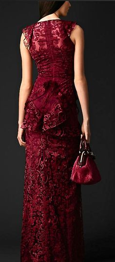 """chasingrainbowsforever: """"Burberry """" Marsala ~ Pantone's Color of the Year, 2015 Red Fashion, Look Fashion, Burgundy Fashion, Marchesa, Lace Dress, Dress Up, Glamour, Fuchsia, Zuhair Murad"""