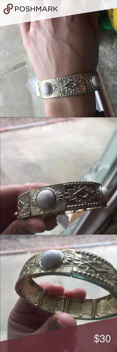 Silpada bracelet New stretchy snowy brass bracelet, bundle with the matching earrings!! Silpada Jewelry Bracelets