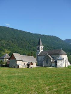 ROMÁNSKÁ ARCHITEKTURA:Sain Hugue kostel v Paray le monial