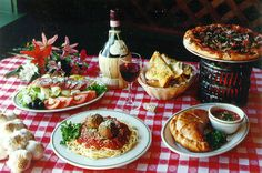 .tavola apparecchiata all'italiana