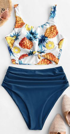 Try tropical vibes with this pineapple print tankini swimsuit which adorns with a printed tank-style top and a solid bottom. The knotted hemline of th. Bathing Suits For Teens, Summer Bathing Suits, Cute Bathing Suits, Summer Suits, Girls Black Swimsuit, Bikini Girls, Bikini Outfits, Tk Maxx, Women Swimsuits