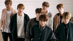 Foto Bts, Bts Suga, Bts Bangtan Boy, Seokjin, Namjoon, Hoseok, Taehyung, Kpop Gifs, Army Love