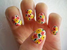 This Bright Flower nail design is SUPER cute!! :)