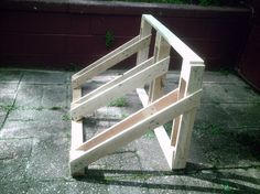 Here is another great Eddie project that only took a couple hours to complete, again recycling the wood from pallets. We enjoy biking and he decided to make a bicycle rack or stand to ke… Wood Bike Rack, Diy Bike Rack, Bike Hanger, Bicycle Rack, Cool Woodworking Projects, Woodworking Plans, Garage Velo, Garage Organisation, Organization
