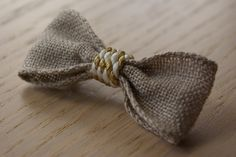 Petite Barrette Noeud lin de la boutique BlanchoParis sur Etsy