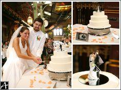Cake topping Cake Toppings, Ice Hockey, Lovers, Wedding, Fashion, Valentines Day Weddings, Moda, Fashion Styles, Weddings