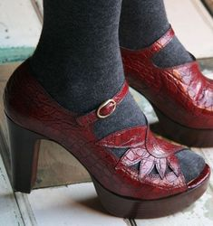 CHIE MIHARA SHOES UJA PLATFORM HEELS PEPPER RED LEATHER CUTOUT BOOTIES 39 $395 #ChieMihara #PlatformsWedges #Casual