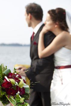 just married #Wedding #Hochzeit #Liebe pinned by #Hochzeitsfotografin www.berlinfotografin.de Foto Jana Farley | Follow me on www.facebook.com/pages/Berlin-Fotografin/304964096211572