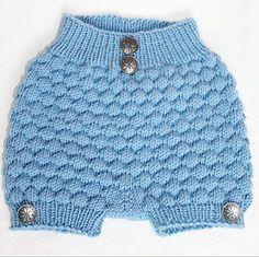 Ravelry: Såpebobleshortsen pattern by Hilde Tunheim Johannesen Newborn Crochet, Ravelry, Lace Shorts, Elsa, Winter Hats, Baby Boy, Knitting, Pattern, Women