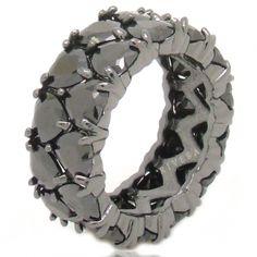 Anel preto aliança pedras pretas coração semi-joia