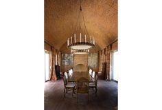Mr & Mrs Smith - Dining room