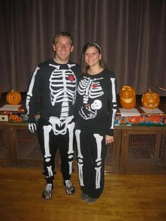 greatest halloween costume while pregnant EVER