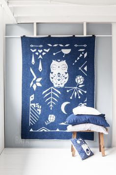 Rafa-kids wool blanket Owl on the Moon - http://www.rafa-kids.com/shop/owl-on-the-moon-wool-blanket-blueberry/