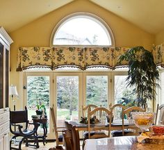 valances | Bartolo - Products - Custom Fabric Valances