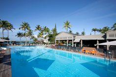 Vous pourrez profitez d'une très grande piscine, pour vous raffraichir ou faire quelques brasses à La Creole Beach Hotel and Spa