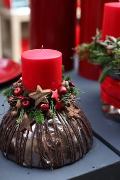 Christmas arrangements 2015 Part II Source by Christmas Candle Decorations, Advent Candles, Christmas Arrangements, Christmas Candles, All Things Christmas, Christmas Home, Christmas Wreaths, Christmas Crafts, Christmas Ornaments
