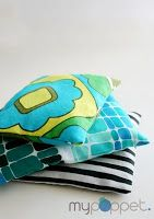 Totally Tutorials: Tutorial - How to Make Tossing Bean Bags