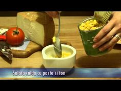 SALATA calda cu PASTE si TON - video  http://gandurisibucatareala.ro/salata-calda-cu-paste-si-ton-video/#