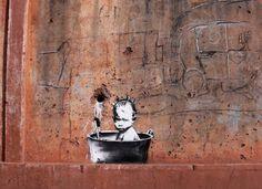 Amazing Graffiti Street Art by Banksy Banksy Graffiti, Street Art Banksy, Banksy Work, Bansky, Urban Street Art, Best Street Art, Amazing Street Art, Urban Art, Work In Africa