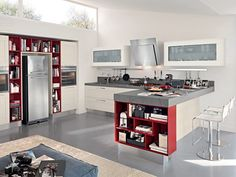 Decapé lacquered kitchen with handles Gallery Collection by Cucine Lube